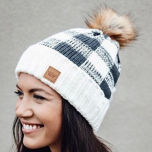 Black White Buffalo Checkered Faux Fur Pom Beanie